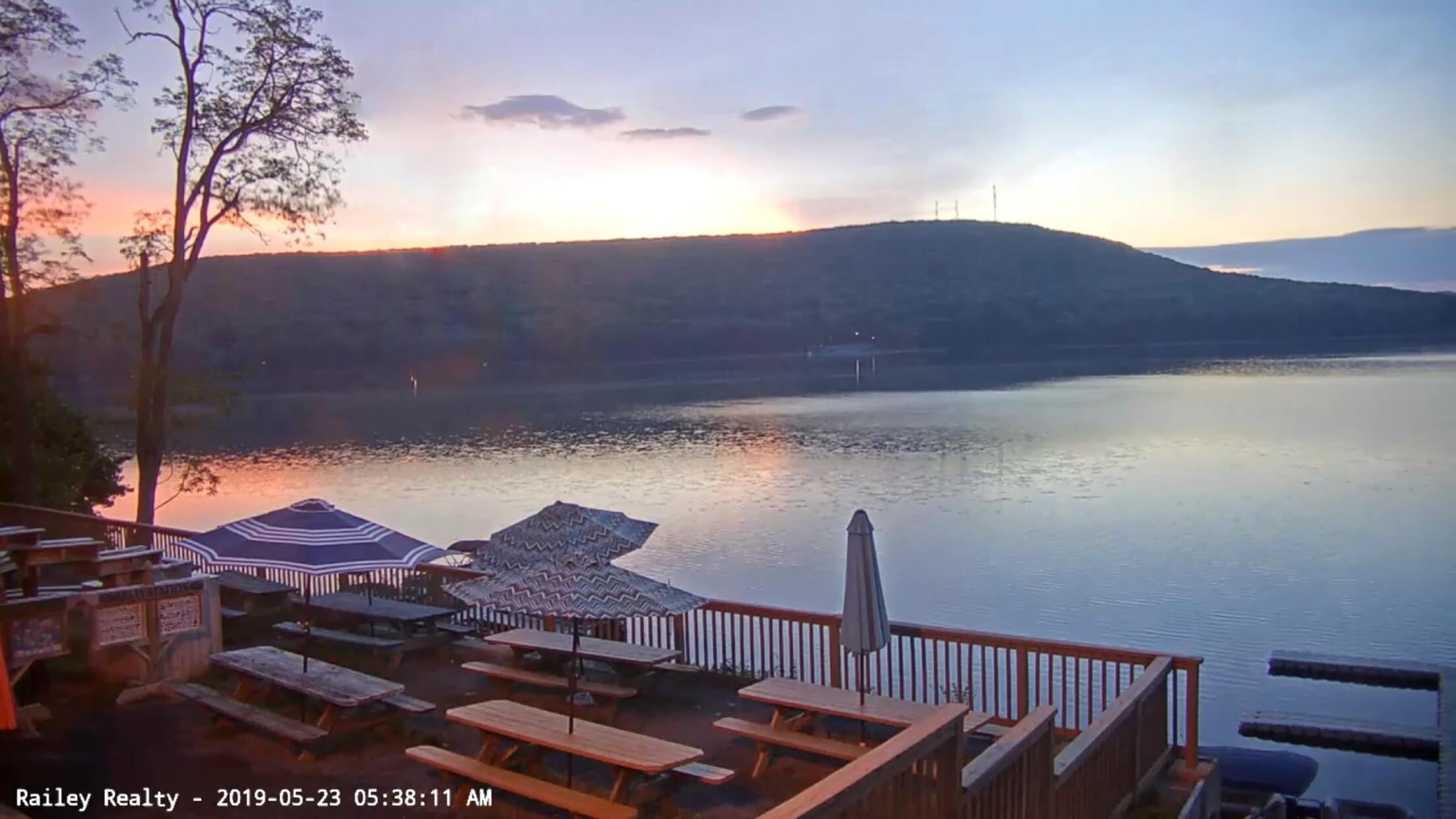 Railey Realty Webcam at Lakeside Creamery at Deep Creek Lake, MD