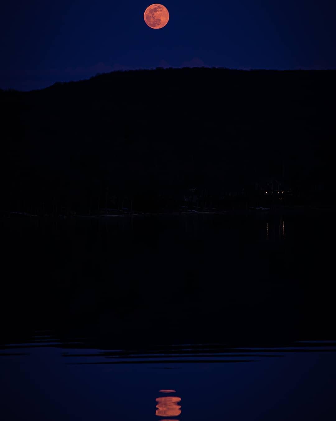 Lee_foto__ pink supermoon at Deep Creek Lake, MD