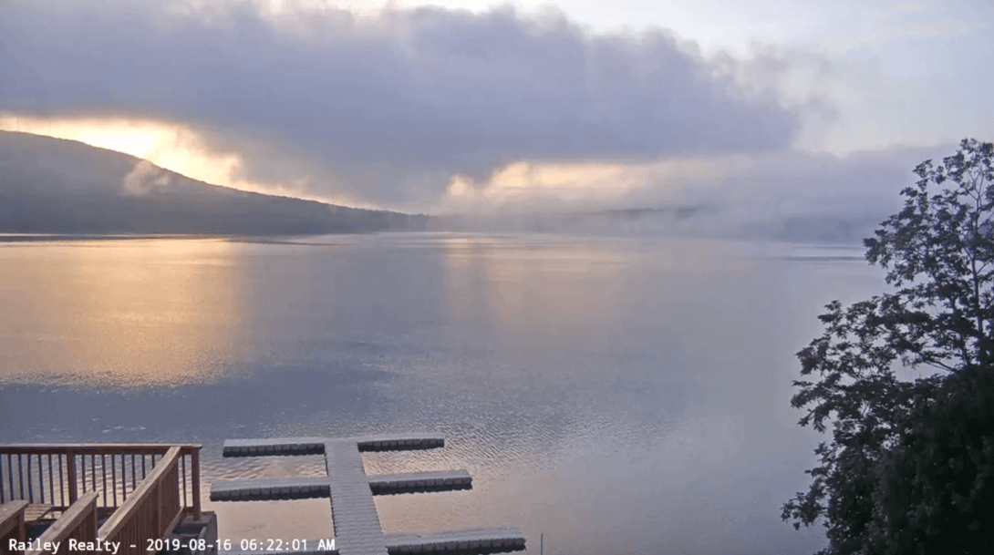 Railey Realty Webcam Sunrise on Deep Creek Lake, MD